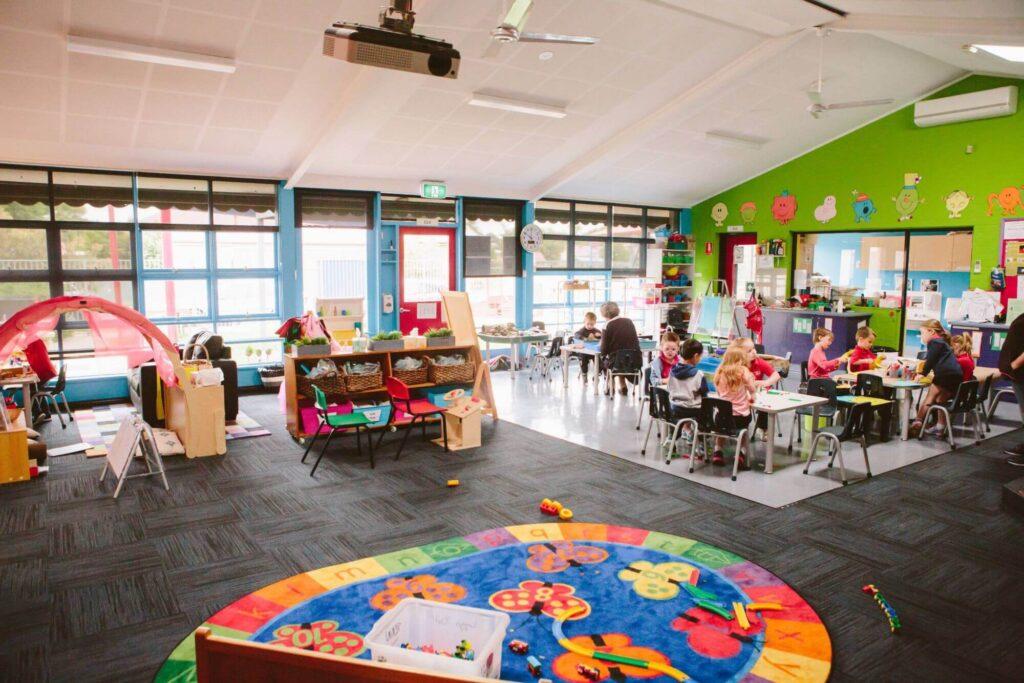 How to choose a kindergarten? And list of kindergarten sight words.